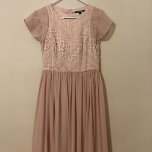Blush pink Gianni Bini dress